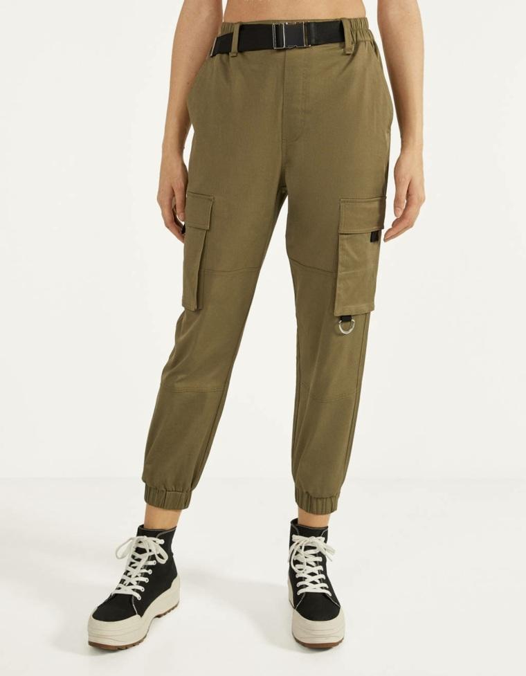 pantalon con bolsillos