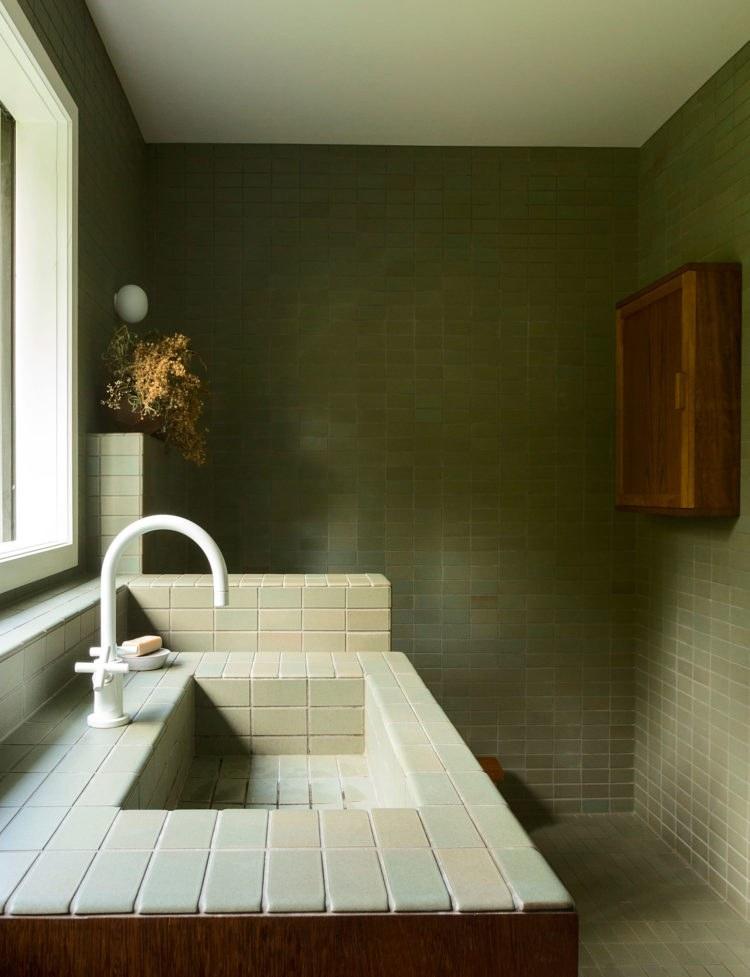 color verde-diseno-interior-bano
