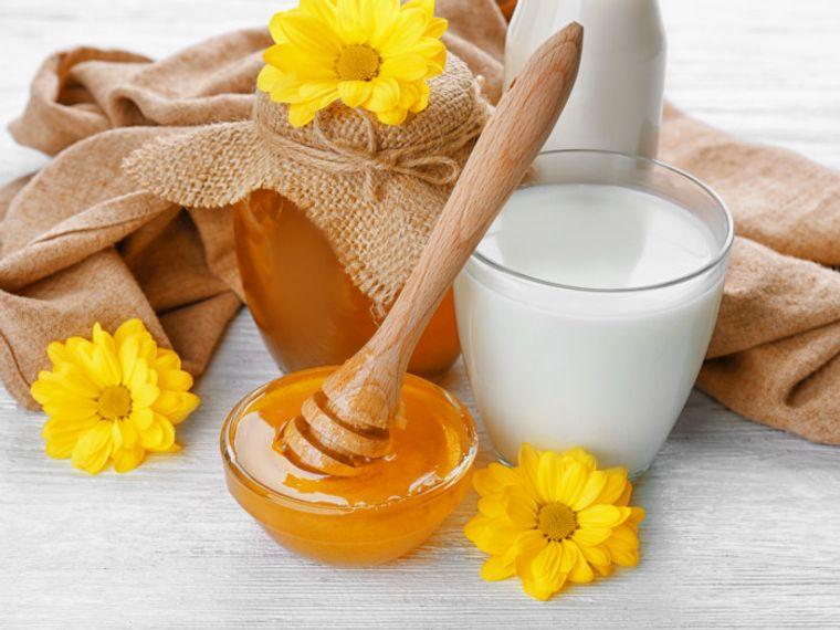 hidratar el cabello miel leche arroz