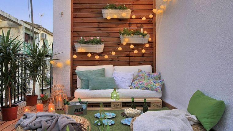 ideas de decoración pared macetas