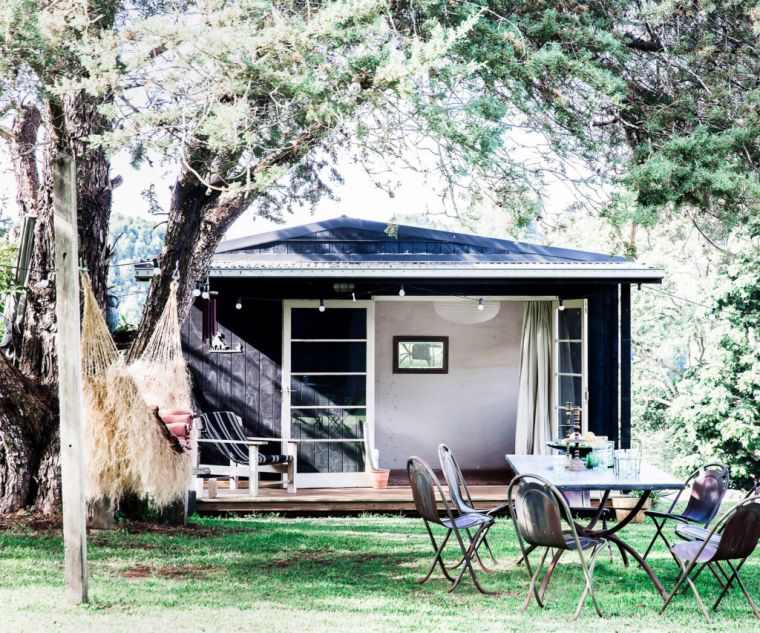 ideas-para-decorar-jardines-2020-casa-pequena