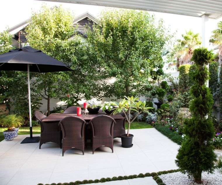 ideas-para-decorar-jardines-2020-jardin-pequeno