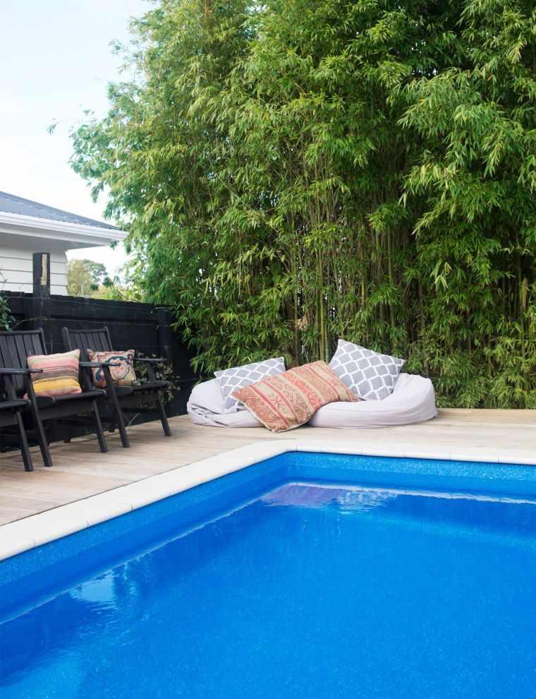 ideas-para-decorar-jardines-piscina-2020
