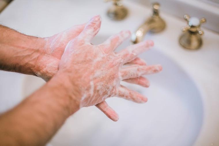 usar jabón
