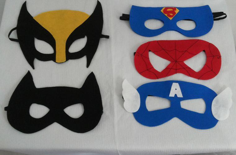 manualidades para niños super heroe