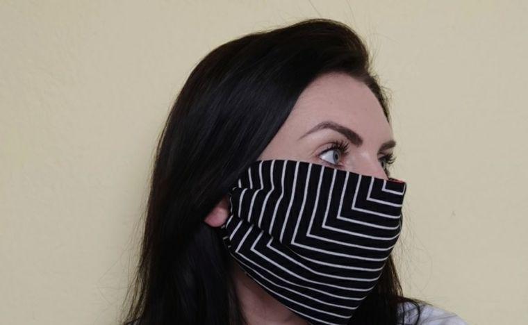 máscara protectora con paño
