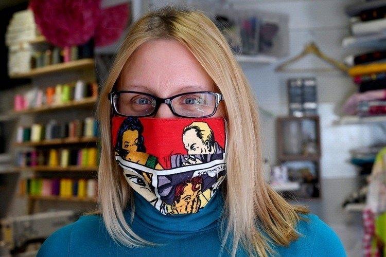 Haz tu máscara respiratoria – Instrucciones de fabricación con materiales caseros