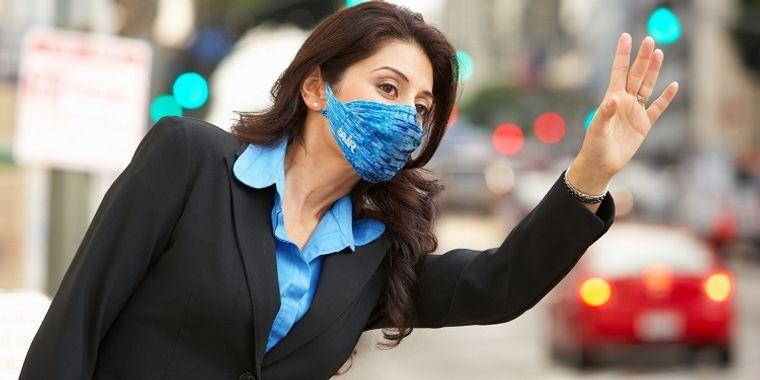 máscaras atuendo