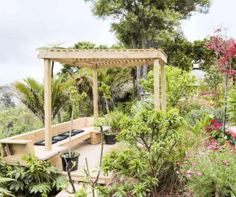 pergola-madera-diseno-jardin-2020