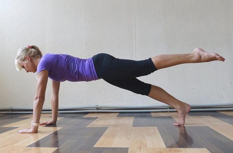 Beneficios de hacer la plancha – Variantes de posición