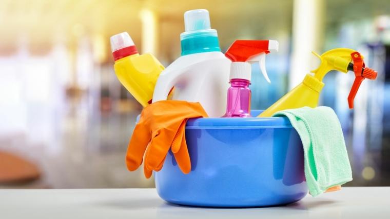 usar productos de limpieza