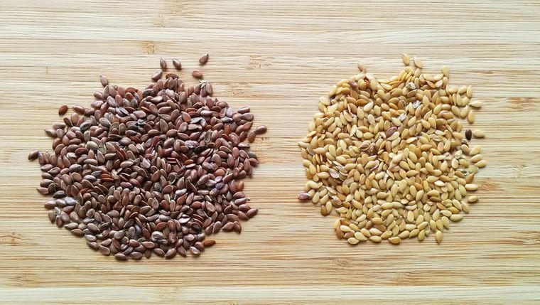 semillas de linaza marron amarilla