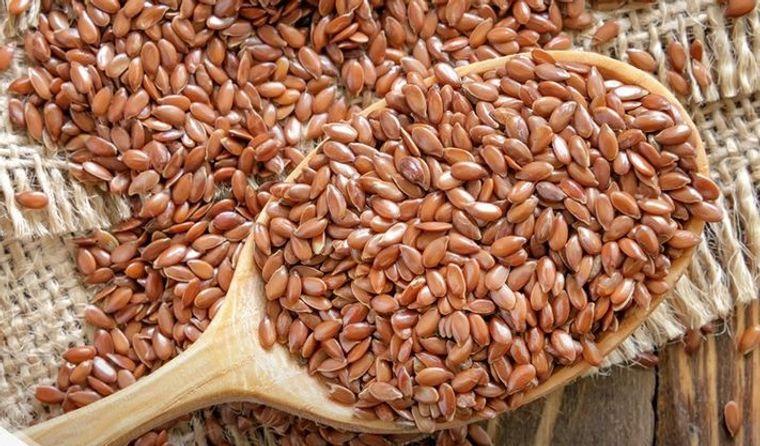 semillas de linaza muchos nutrientes