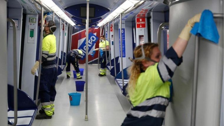 limpieza del metro