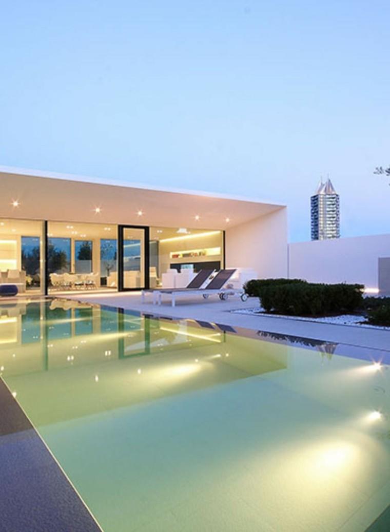Jardines-con-piscina-diseno-minimalista-piscina-estilo