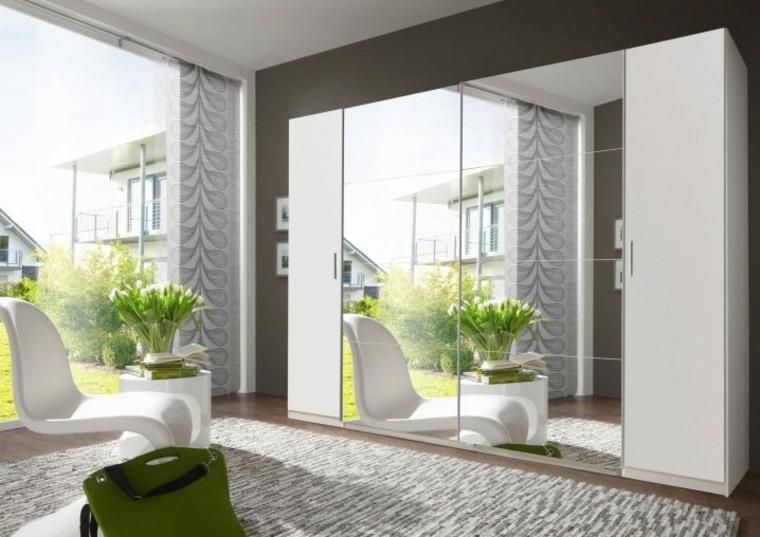 armario-de-dormitorio-puertas-blancas