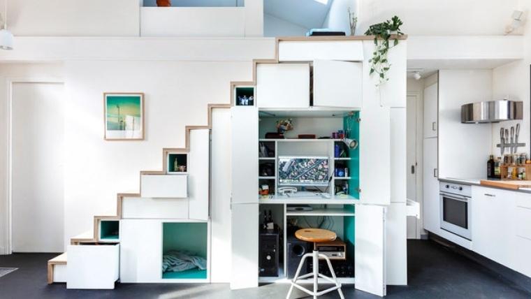 bajo escalera-oficina-habitacion