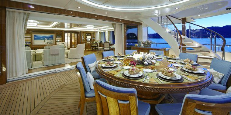 barcos-de-lujo-comedor-estilo