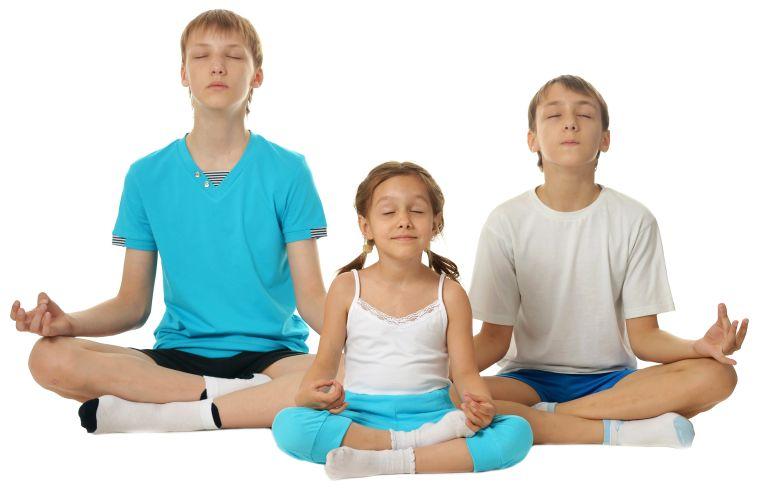 Beneficios del yoga para los niños – ¿Cómo los ayuda y cuándo es bueno comenzar?