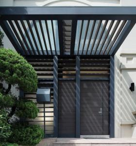 casa moderna entrada