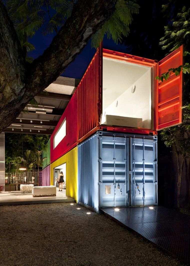 casas de contenedores pintados