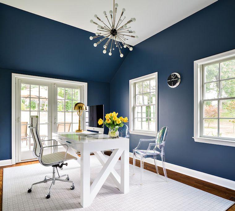 diseño de oficinas azul blanco