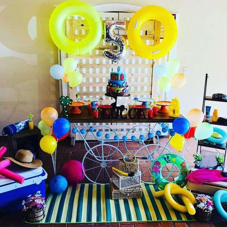 fiesta de cumpleaños celebracion piscina