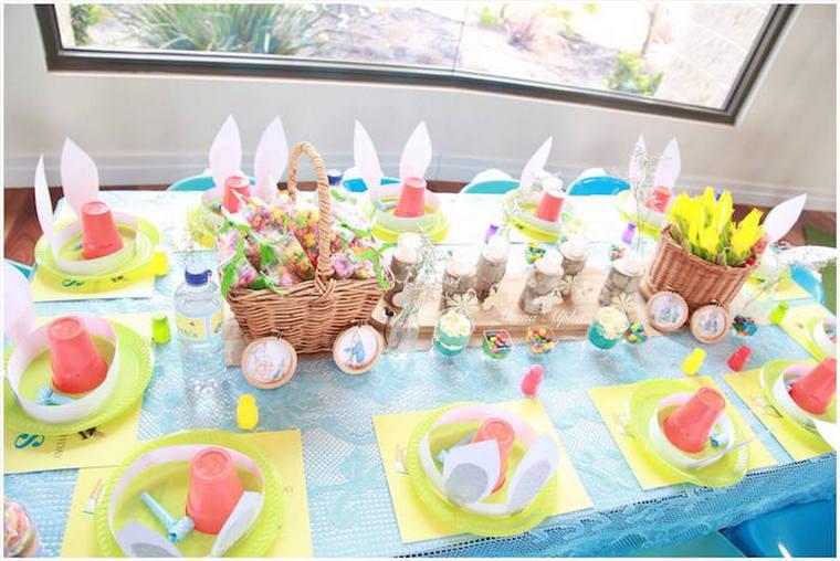 fiesta de cumpleaños con orejas conejito