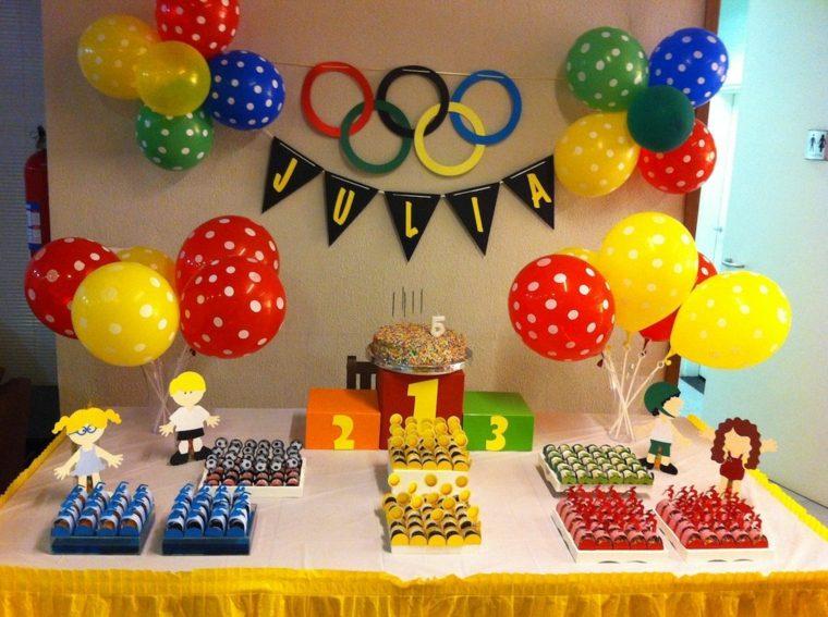 fiesta de cumpleaños globos llamativos