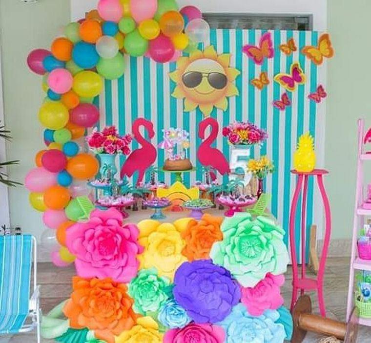 fiesta de cumpleaños grandes flores