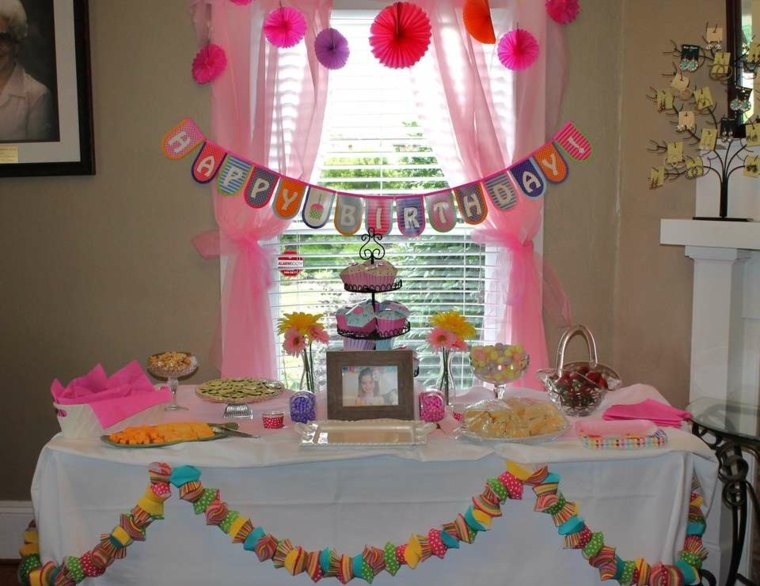 fiesta de cumpleaños guirnaldas