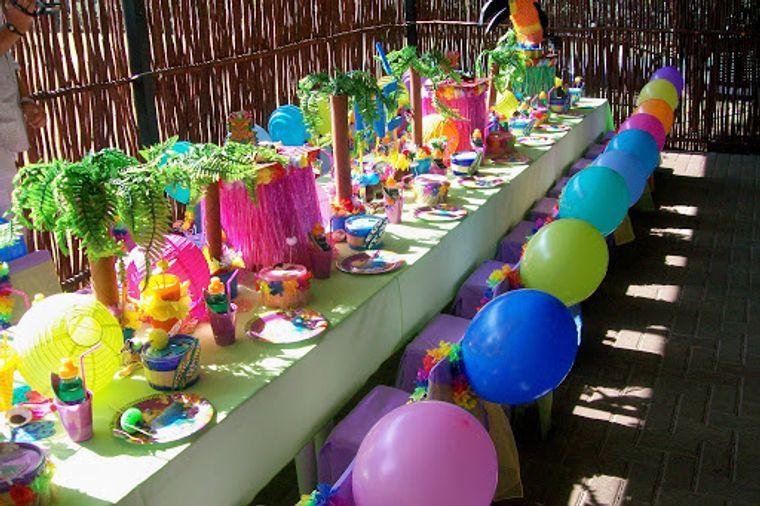 fiesta de cumpleaños infantil hawaiana