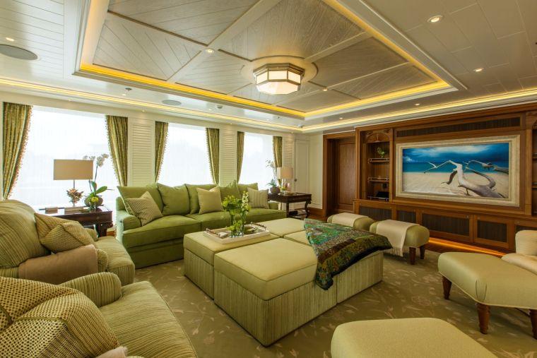 interior-barco-diseno-lujo