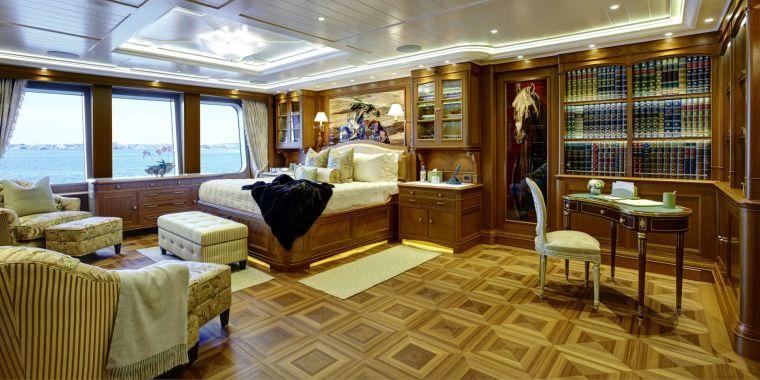 interior-barco-lujo-estilo