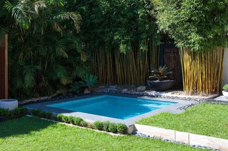 jardin-cesped-piscina-estilo