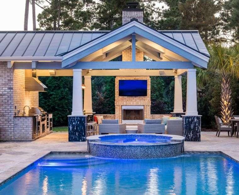 garden-luxury-gazebo-pool