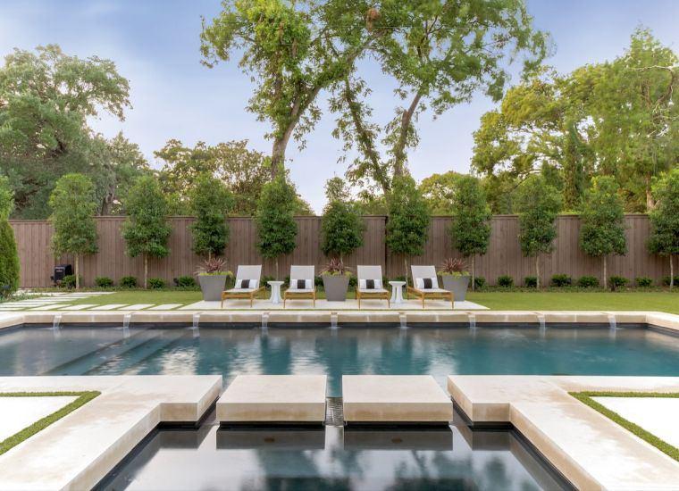 garden-pool-fountains-sunbeds