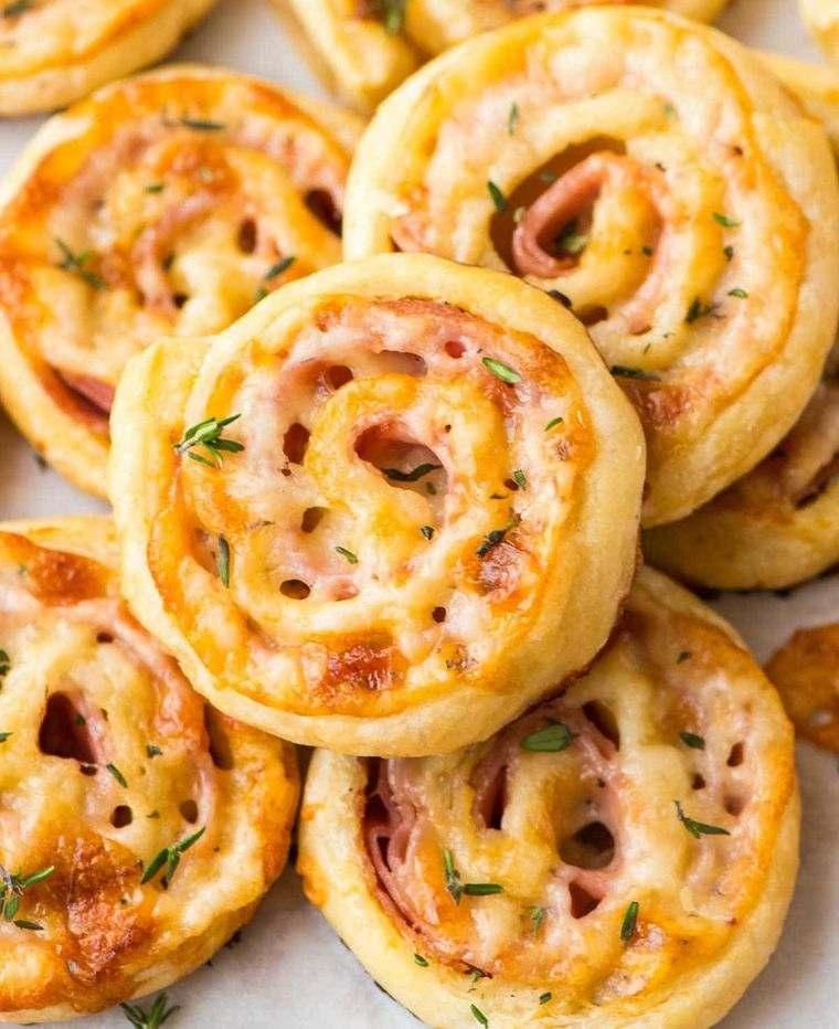 picnic mini pizzas
