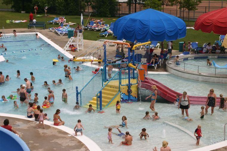 piscina pública precaucion