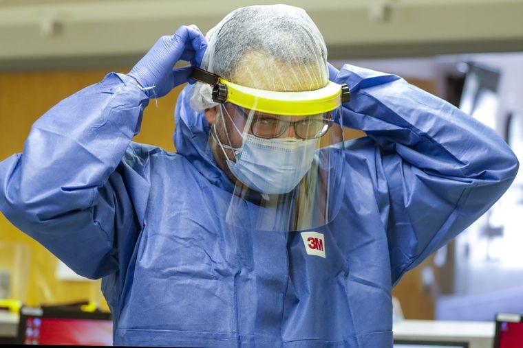 Protector facial  X-Hood con un cómodo y funcional aislamiento para el COVID-19