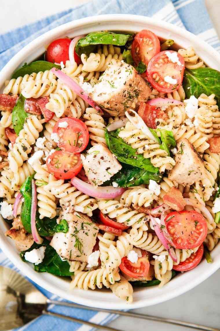 recetas-para-picnic-ensalada-pollo-pasta