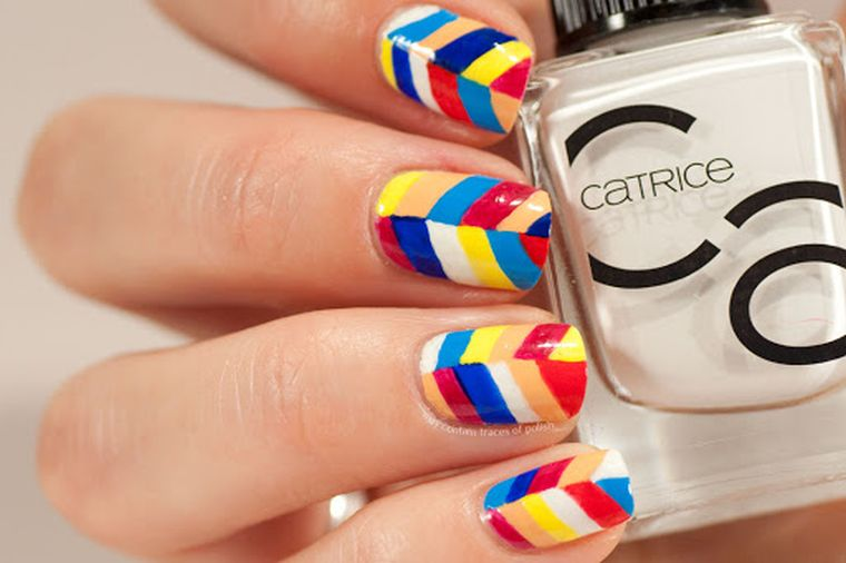 "trends-manicure-2020-combine-colors ""width ="" 760 ""height ="" 506 ""srcset ="" https://casaydiseno.com/wp-content/uploads/2020/05/tendencies-manicure -2020-combine-colors.jpg 760w, https://casaydiseno.com/wp-content/uploads/2020/05/tendencia-manicura-2020-combinar-colores-720x480.jpg 720w ""size ="" (largura máxima : 760px) 100vw, 760px ""/> <img data-count="