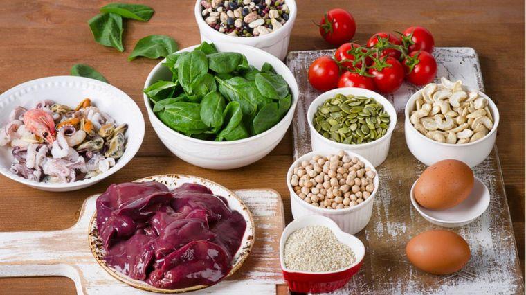 vitaminas y minerales hierro