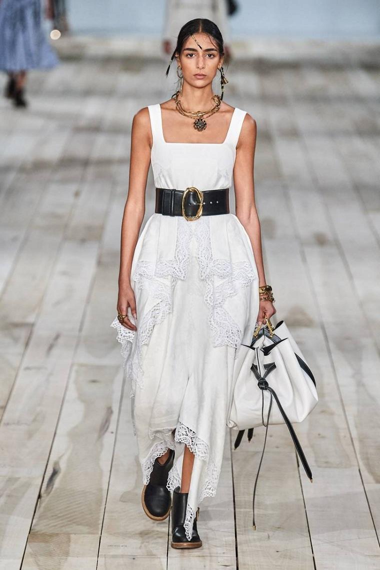 Alexander-McQueen-vestido-blanco
