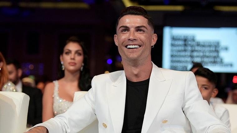 Cristiano-Ronaldo-multimillonario