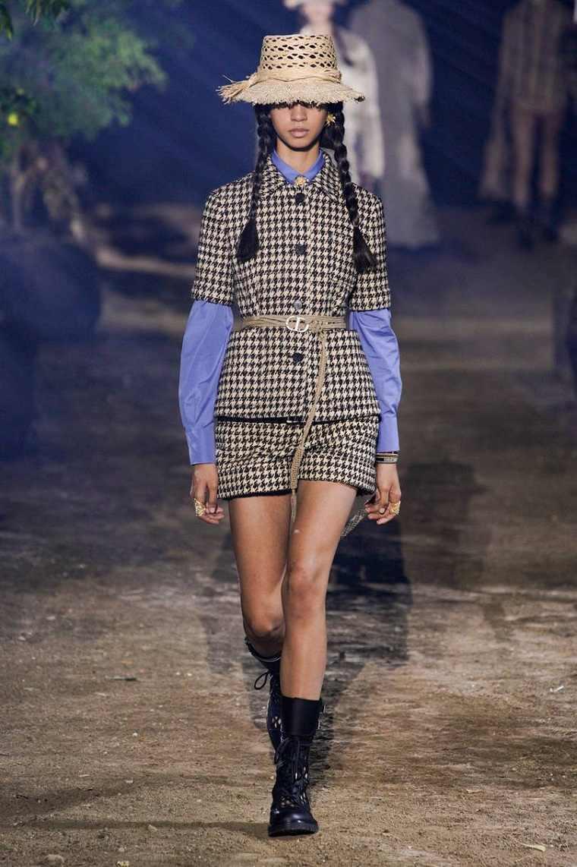 Dior-traje-estilo-moda-2020