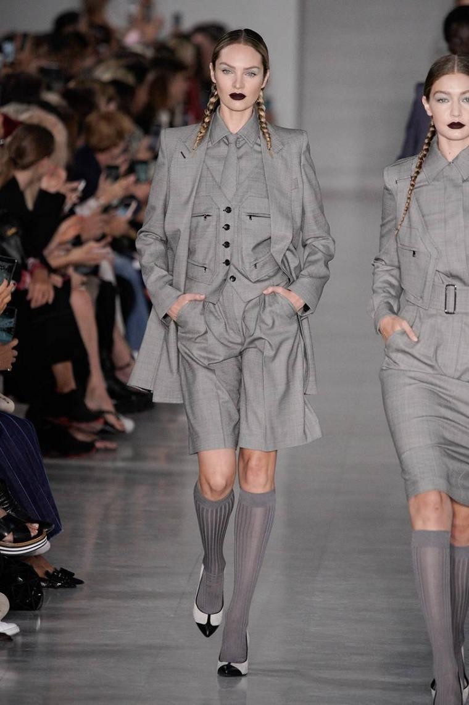 Max-Mara-traje-gris-ideas-pantalon