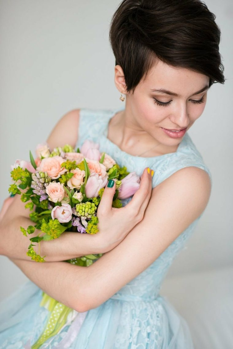Peinados-para-bodas-pelo-cabello-castano-corto-
