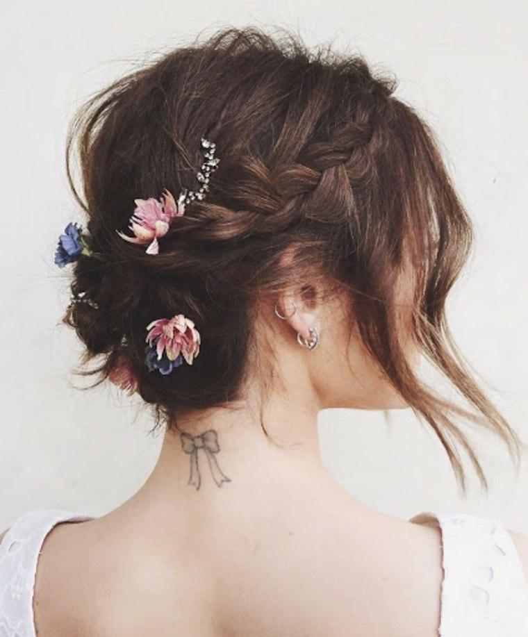 Peinados-para-bodas-pelo-corto-castano-recogido