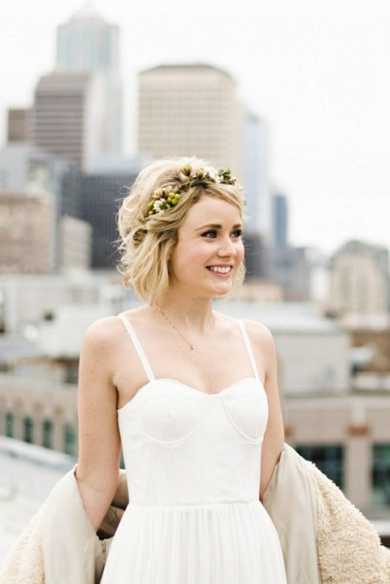 peinados para bodas pelo corto-rubio-rizado